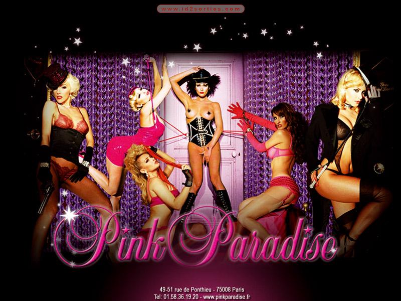 Spectacle de striptease incroyable sur une table privée de bar